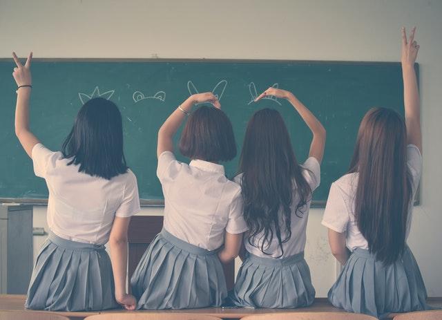 girls at boarding school